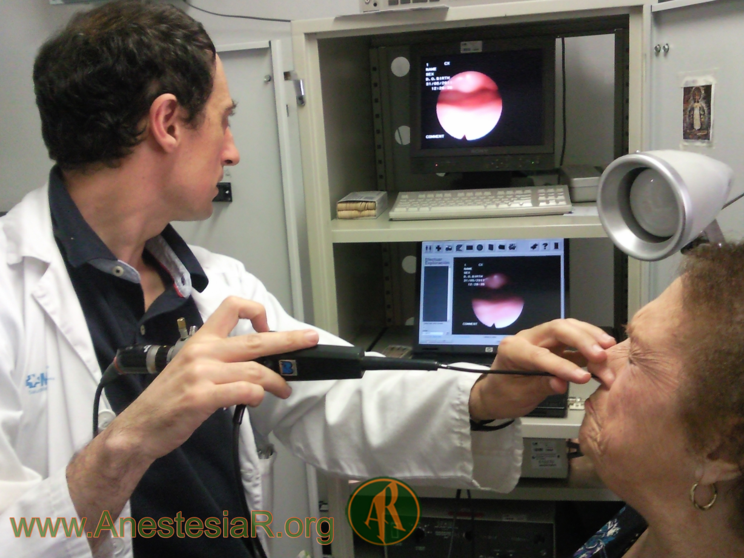 Fibroscopia nasal preoperatoria