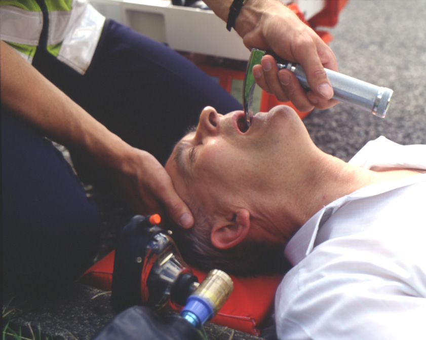 http://gallery.hd.org/_c/medicine/paramedic-opening-airway-1-AJHD.jpg.html